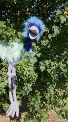 marionnette-oiseau-bleu-geant2